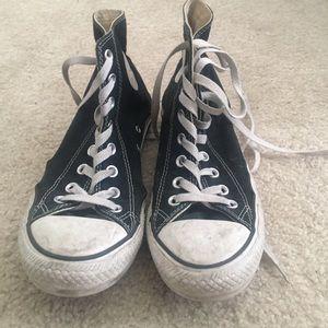Black Hi-top converse all stars
